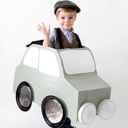 8-ideas-disfraces-caseros-ninos-coche