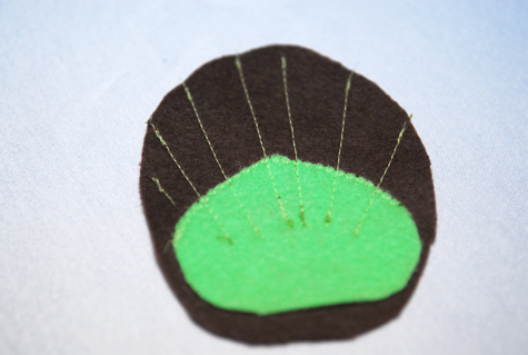 disfraz-casero-pavo-real-coser