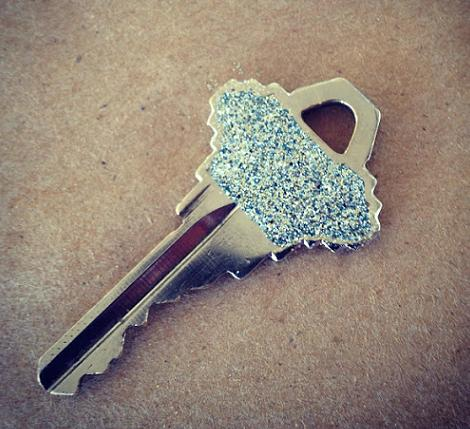 manualidad-para-personalizar-tus-llaves-5