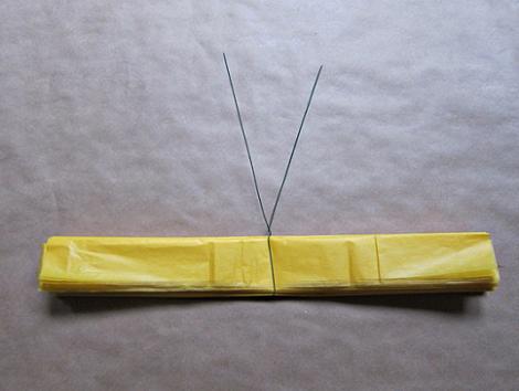 Pompones de papel paso 3