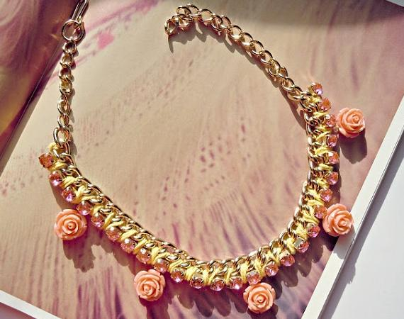 como hacer collares de moda con flores