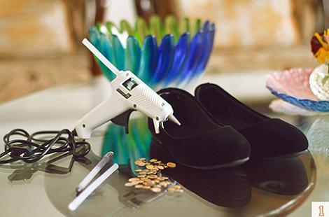 materiales-zapatos-tachuelas