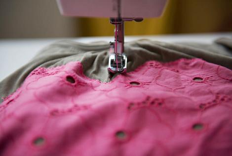 coser-camiseta