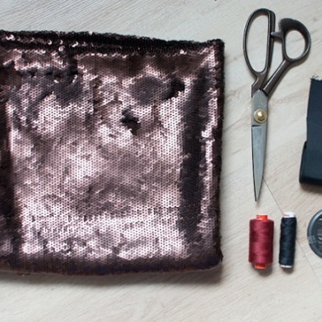 hacer-falda-cruzada-moda-lentejuelas-materiales