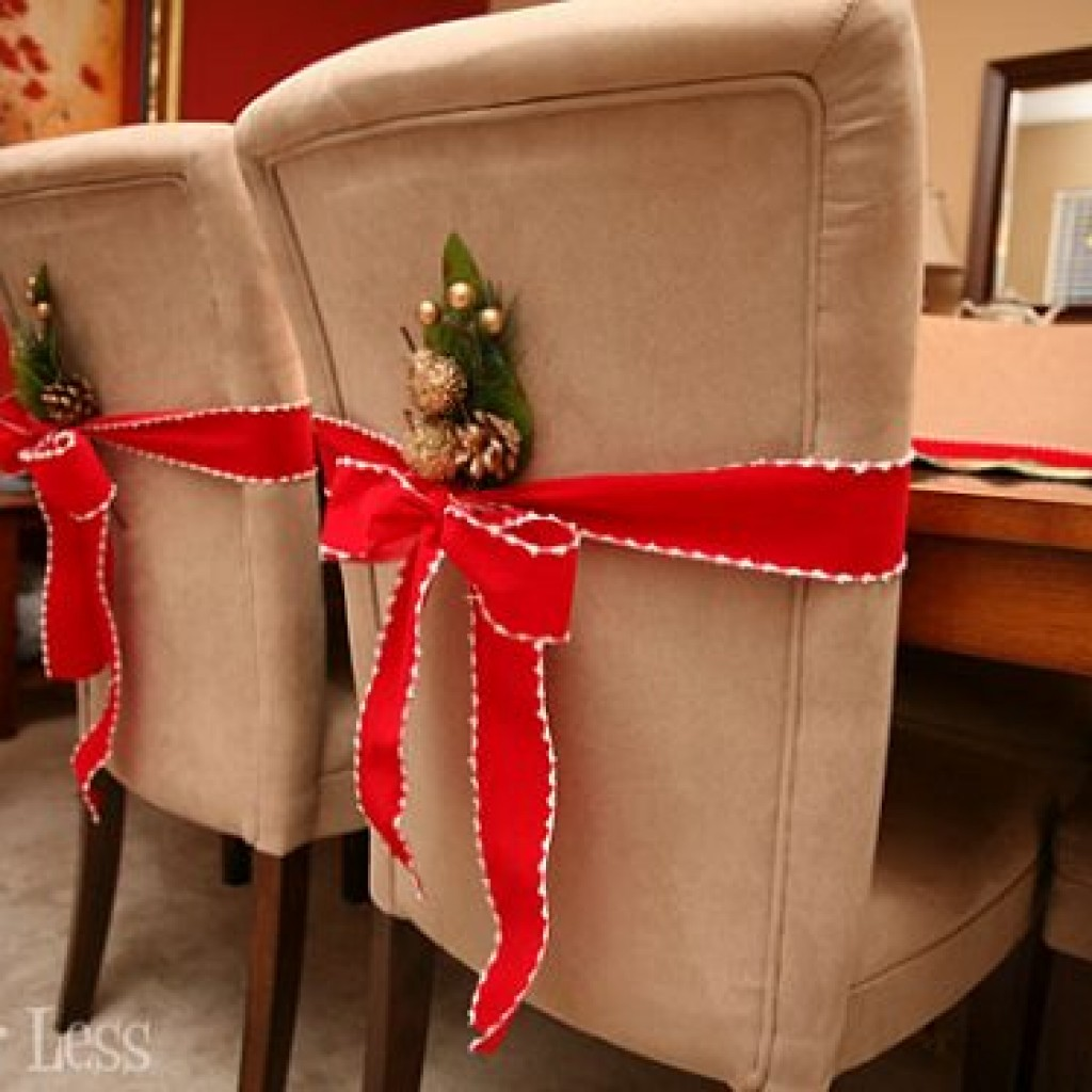 Ideas caseras decoracion navidad sillas ideas diy - Adornos navidenos para sillas ...