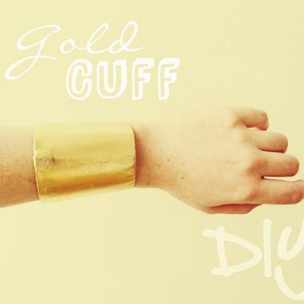 pulsera-dorada-reciclada