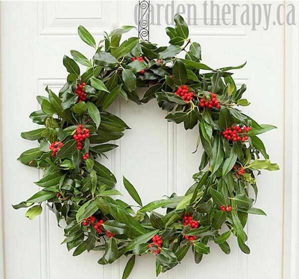corona-de-navidad-para-decorar-puerta-del-hogar-5