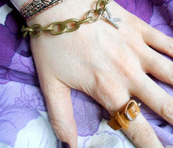 como-hacer-un-anillo-de-cuero