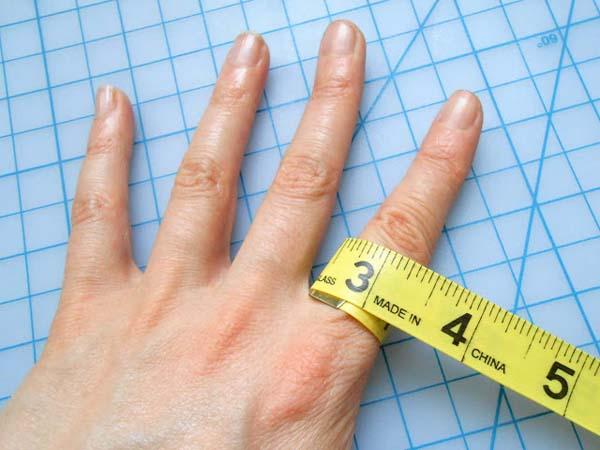 hacer-anillo-de-cuero-facil