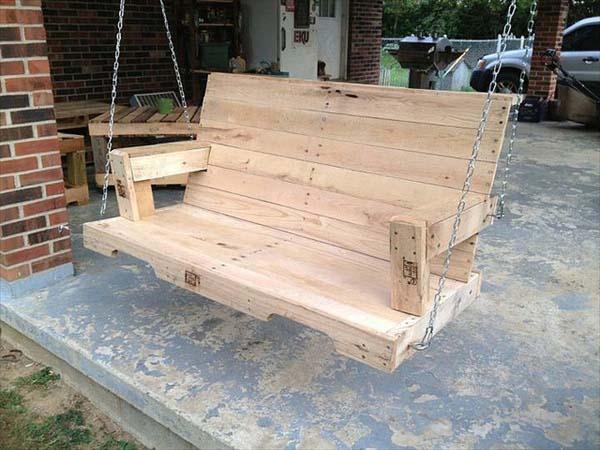 5 ideas de muebles hechos con palets - Hacer un banco con palets ...