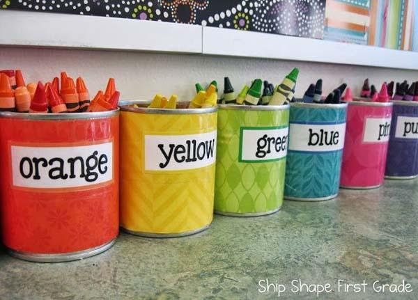 latas-recicladas-para-guardar-boligrafos