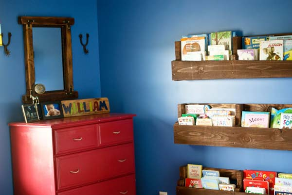 C mo hacer una estanter a con palets en 10 minutos - Como hacer estanterias de madera ...