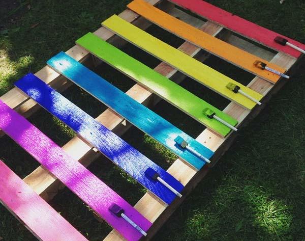 C mo hacer jardineras con palets f ciles paso a paso - Jardineras de colores ...