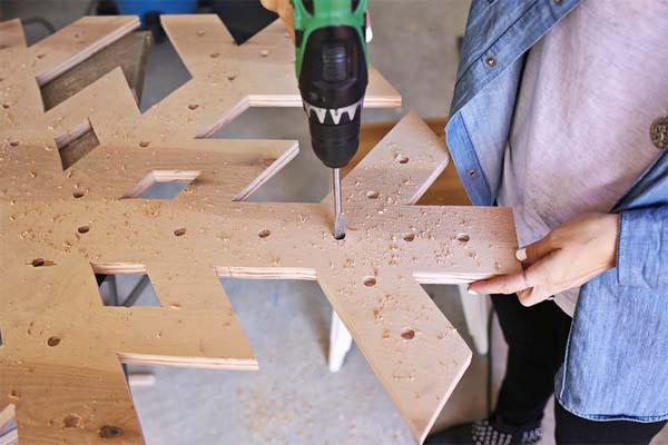 como-hacer-un-copo-de-nieve-de-madera