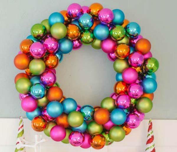 decoracion-con-bolas-de-navidad