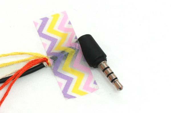 como-decorar-el-cable-de-los-auriculares