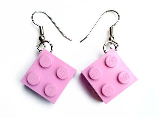 como-hacer-pendientes-con-piezas-de-lego