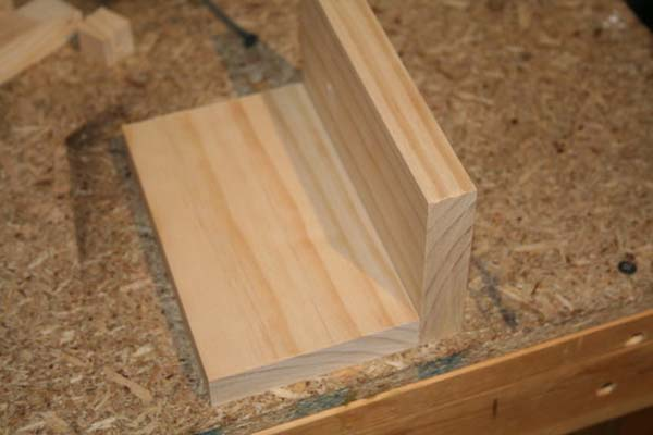 C mo hacer una sencilla caja de madera for Como hacer una zapatera de madera paso a paso