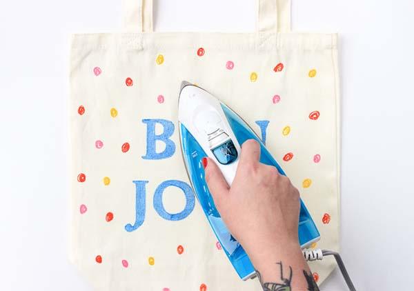 como-customizar-una-bolsa-de-playa